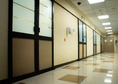 Cubículos de atención Urgencias Hospital La Bene